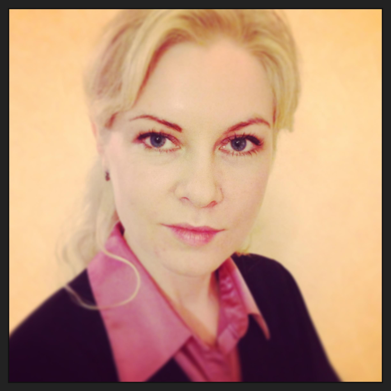 Elena Bro